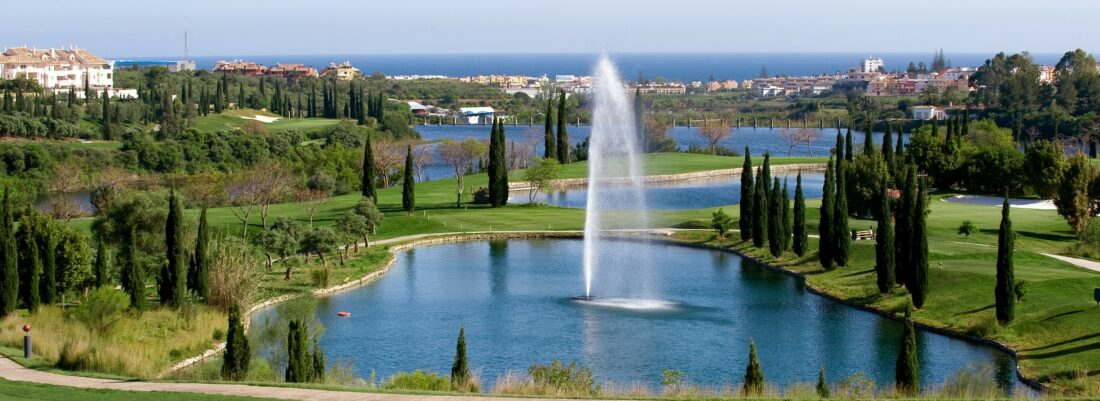 Play surrounded by the beauty Mediterranean sea – Villa Padierna